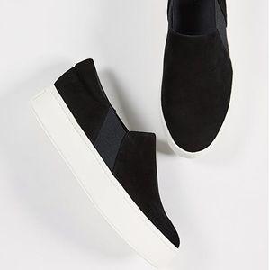 Vince Warren Slip on Sneaker size 5.5